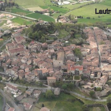 Lautrec: native city of the family of the painter Toulouse-Lautrec, the village is also known for its pink garlic.